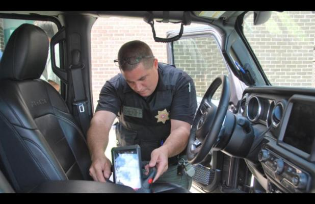 McClain County Sheriff's Office receipent of high tech X-ray machine to aid in drug busts